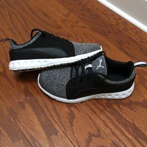 1 DAY SALE‼️ Puma Soft Foam Sneaker, Size 7.5